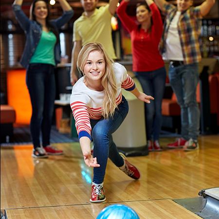 Boondocks - Woman Bowling