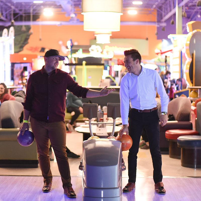 Boondocks - Two Guys Bowling