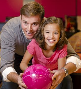 Boondocks - Father & Daughter Bowling
